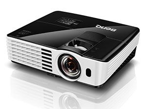 BENQ 短焦点DLPプロジェクター Full HD 1080p 3000lm