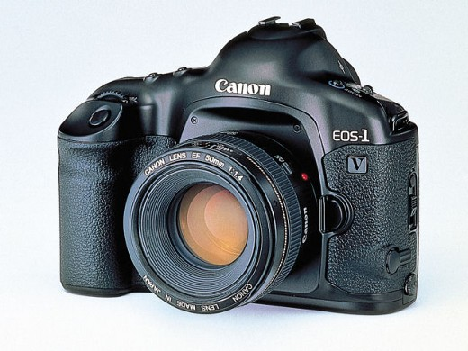 CANON 一眼レフカメラ EOS-1V[2043A002]