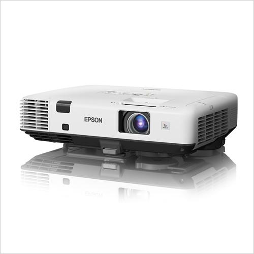 EPSON 高輝度5000lm 解像度XGA 重量3.9kg 機能充実のハイエンドモデル