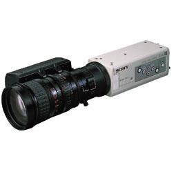 SONY Cマウント採用3CCDカラービデオカメラ
